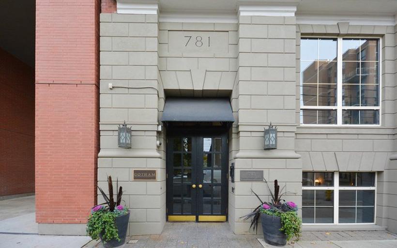 306-781 King Street West
